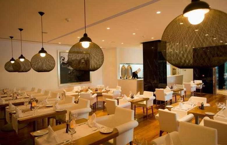 Mediterranean Beach - Restaurant - 10