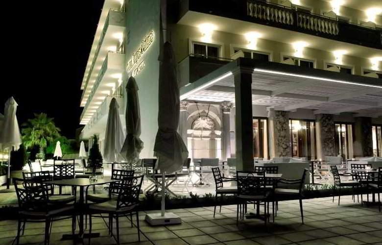 Palace Mon Repos - Hotel - 10