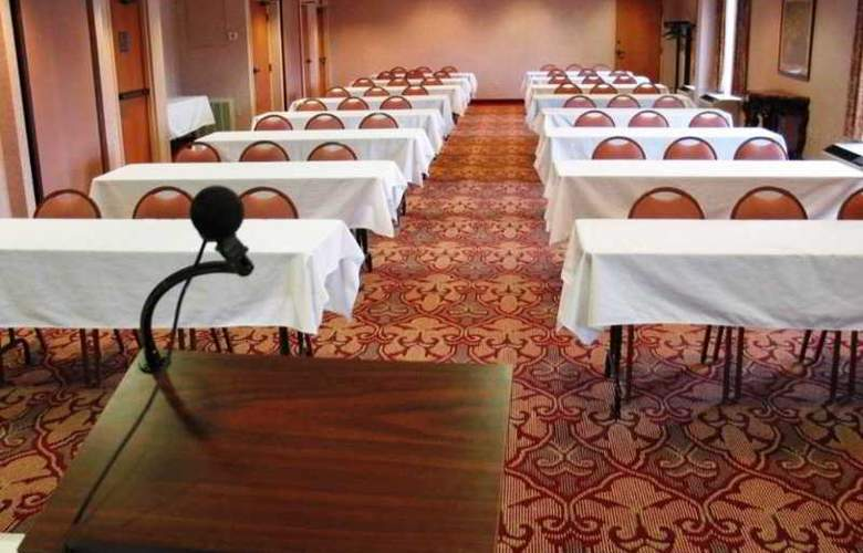 Hampton Inn Altoona - Conference - 1
