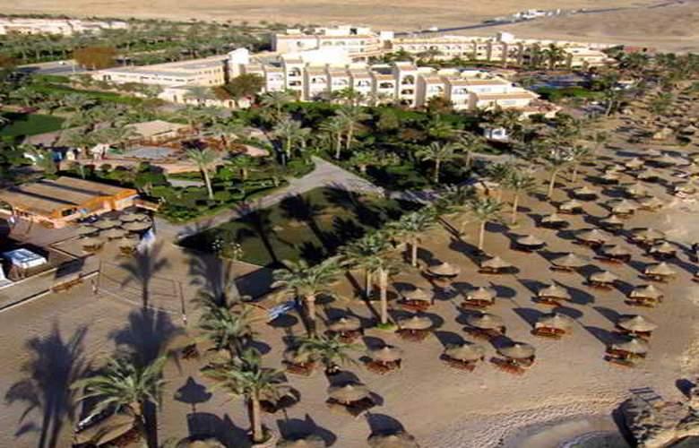 Flamenco Beach Resort - Hotel - 6