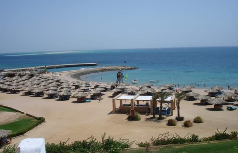 Mercure Hurghada - Beach - 22