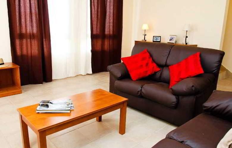 Villas Janubio - Room - 2