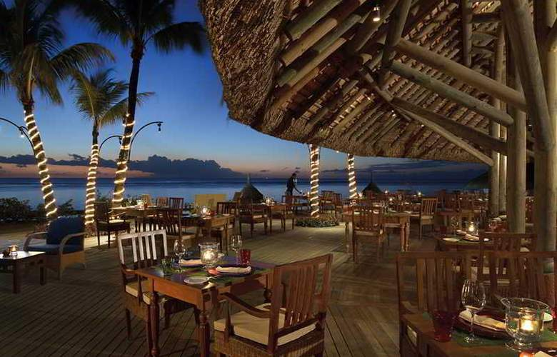 Victoria Beachcomber Resort & Spa - Restaurant - 6