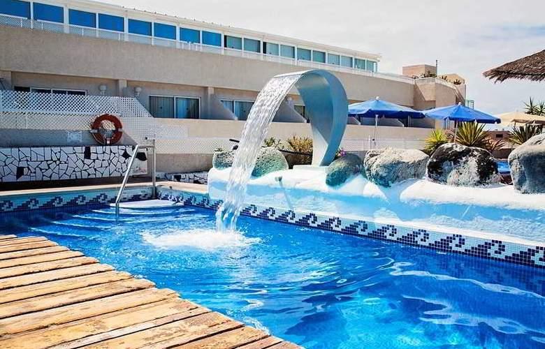 Vigilia Park - Pool - 17