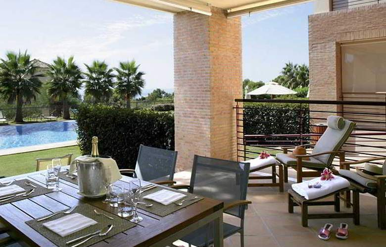 Don Carlos Leisure Resort & Spa - Terrace - 9