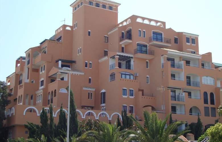 Apartamentos Fenix - Hotel - 0