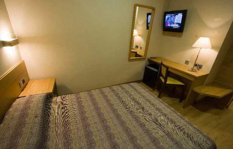 Hostal El Pasaje - Room - 19