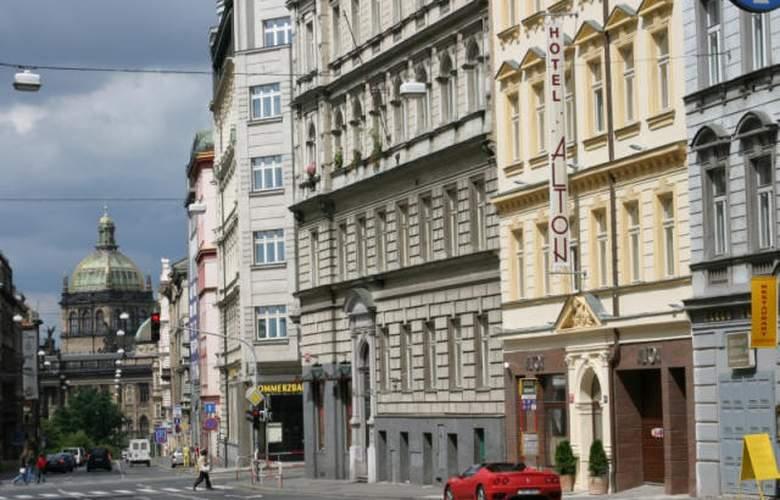Alton Praga - General - 1