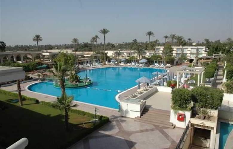 Pyramids Park Resort - Hotel - 3