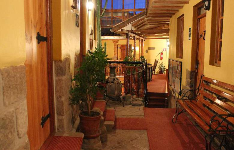 Hotel & Mirador Los Apus - General - 5