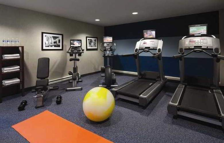 Four Points by Sheraton Hotel & Conference Centre Gatineau-Ottawa - Sport - 8