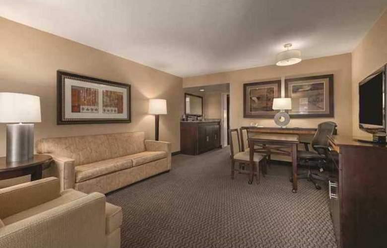 Embassy Suites Birmingham - Hotel - 1