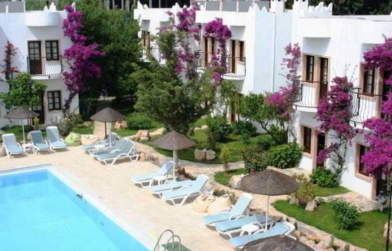 Safir Hotel  - Pool - 8