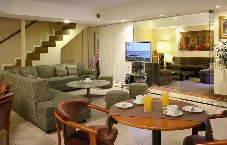 Gran Hotel Buenos Aires - Bar - 2