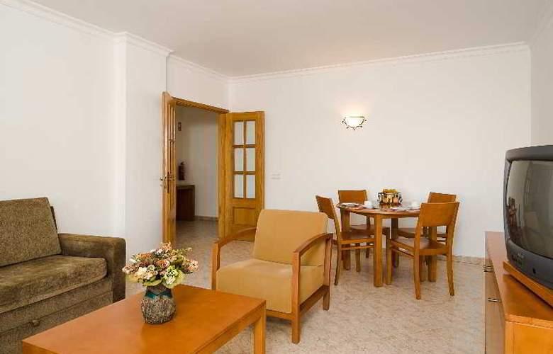 Benvindo Apartamentos - Room - 2