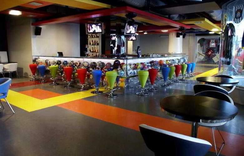 Sheraton Cesme Resort Hotel & SPA - Bar - 32
