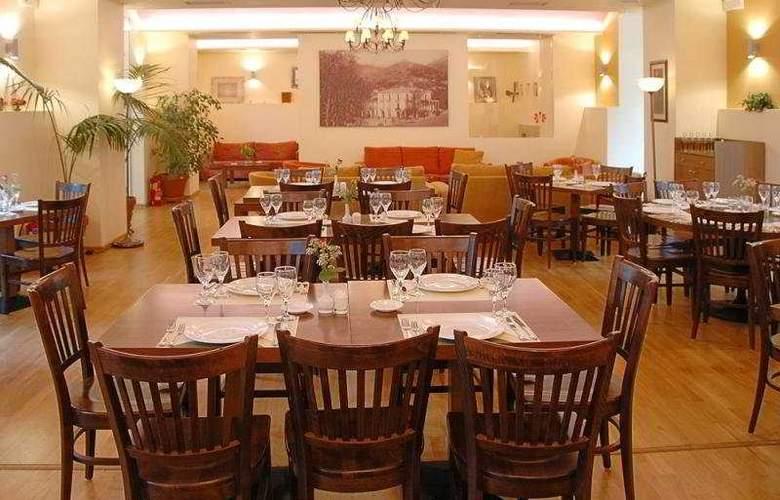 Helmos - Restaurant - 9