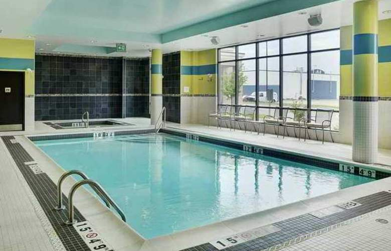Hampton Inn Winnipeg Airport - Pool - 19