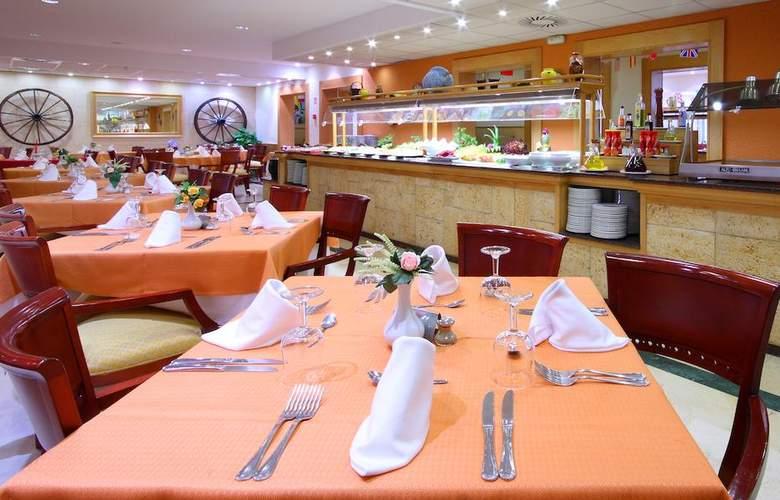 Valentín Paguera Hotel & Apartamentos Mallorca - Adults Only - Restaurant - 4