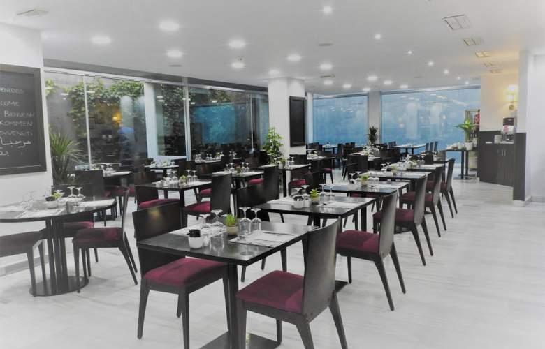 B&B Madrid Pinar de Las Rozas - Restaurant - 5