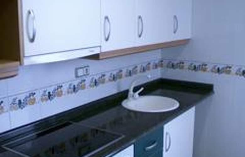 Apartamentos Argenta Caleta - Room - 1