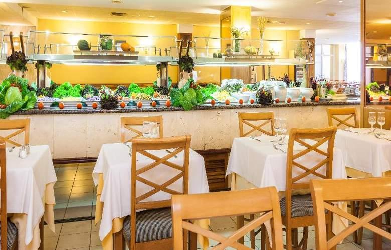 Pionero Santa Ponsa Park - Restaurant - 44