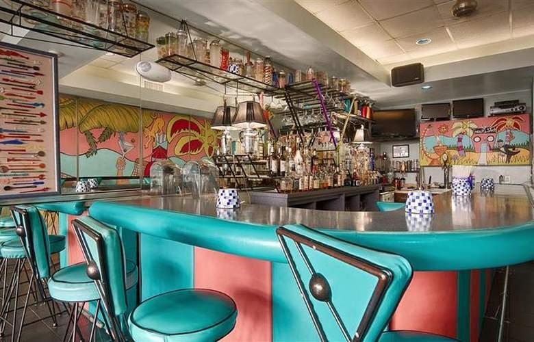 Best Western Fort Walton Beach - Bar - 67