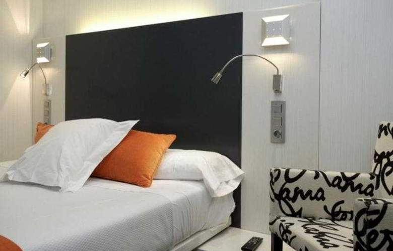 Petit Palace Canalejas - Room - 8