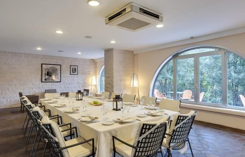 Occidental Aran Park - Restaurant - 12