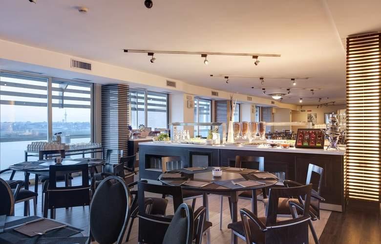 Occidental Aran Park - Restaurant - 14
