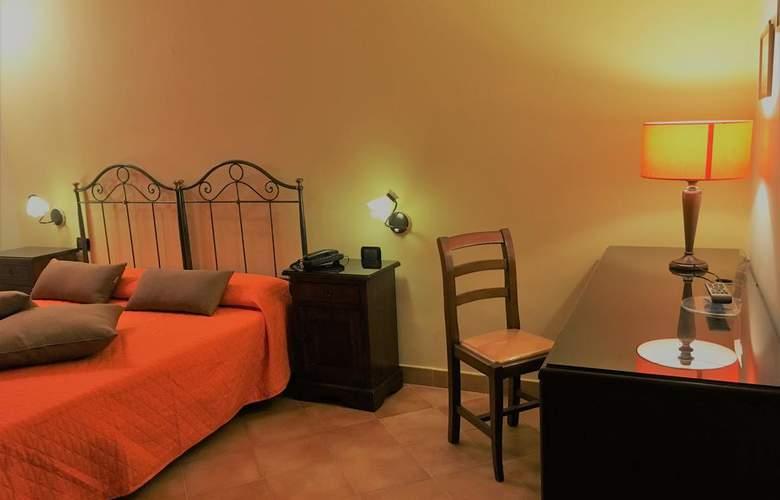 Neapolis - Room - 12
