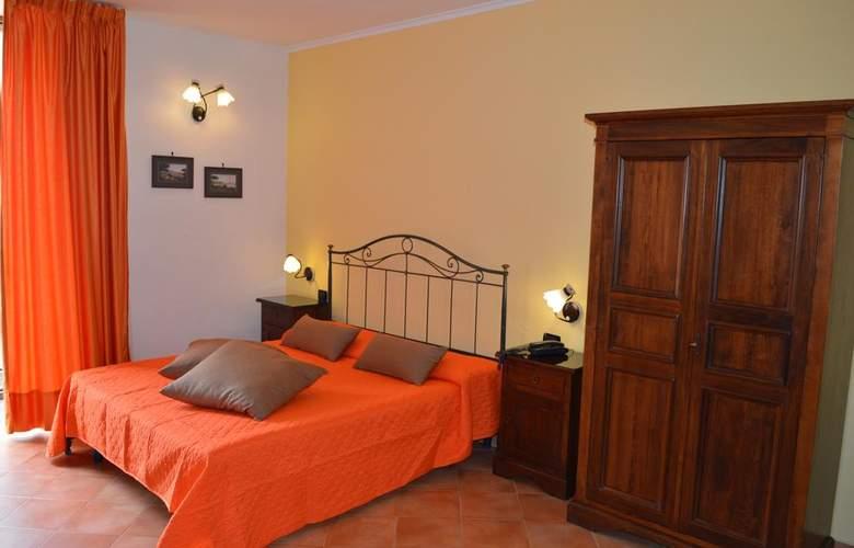 Neapolis - Room - 2