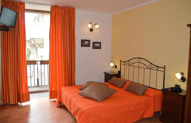 Neapolis - Room - 10