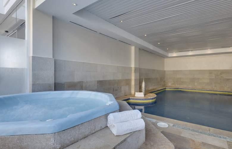 Alcudia Garden Aparthotel - Pool - 55