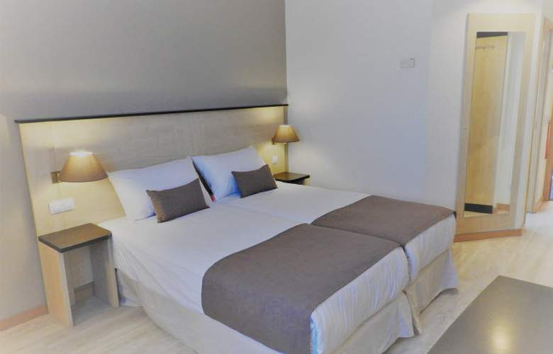 B&B Madrid Pinar de Las Rozas - Room - 11