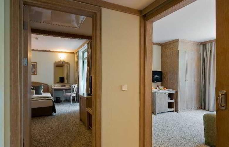 Gloria Verde Resort - Room - 9