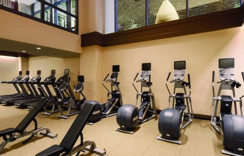 Homewood Suites Midtown Manhattan - Sport - 6