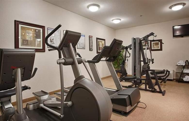 Best Western Plus Piedmont Inn & Suites - Sport - 66