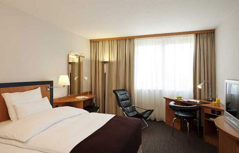 NH Frankfurt Airport West - Room - 3