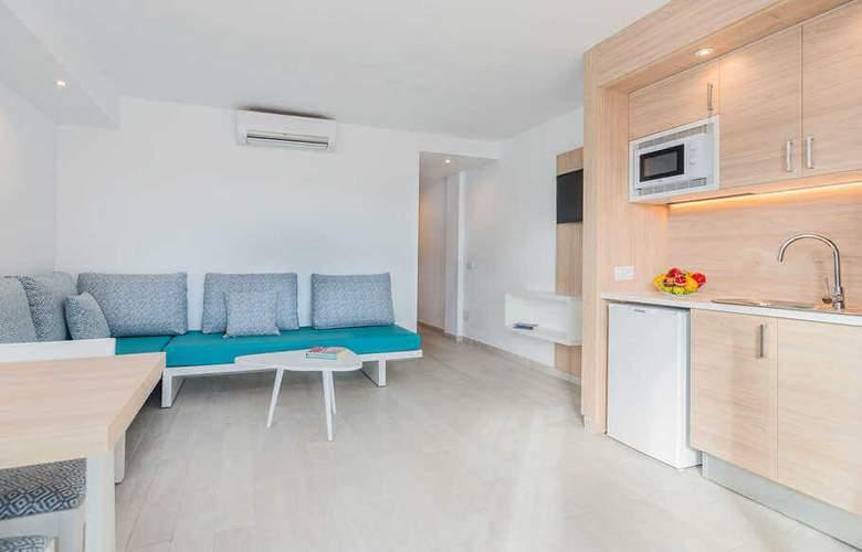 Sun Beach - Room - 11