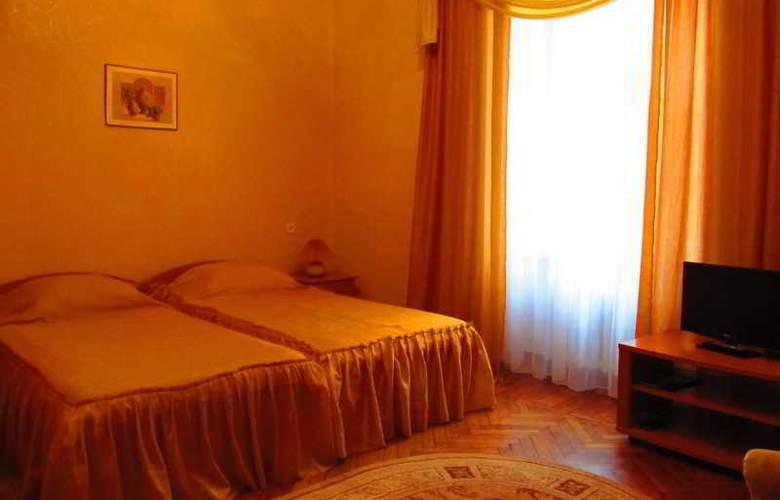 Tsentralnaya Hotel - Room - 0