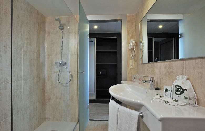 Alua Hawaii Mallorca and Suites - Room - 9