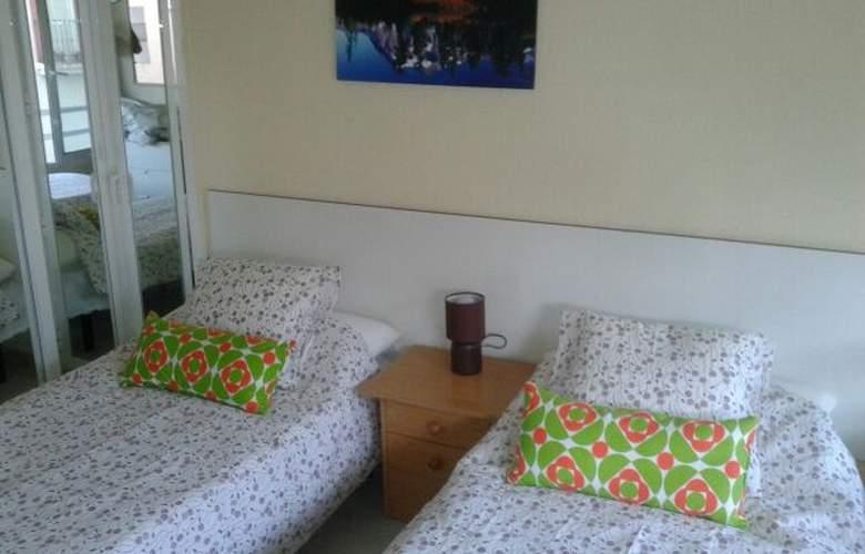 Apartamentos Tamarindos - Room - 2
