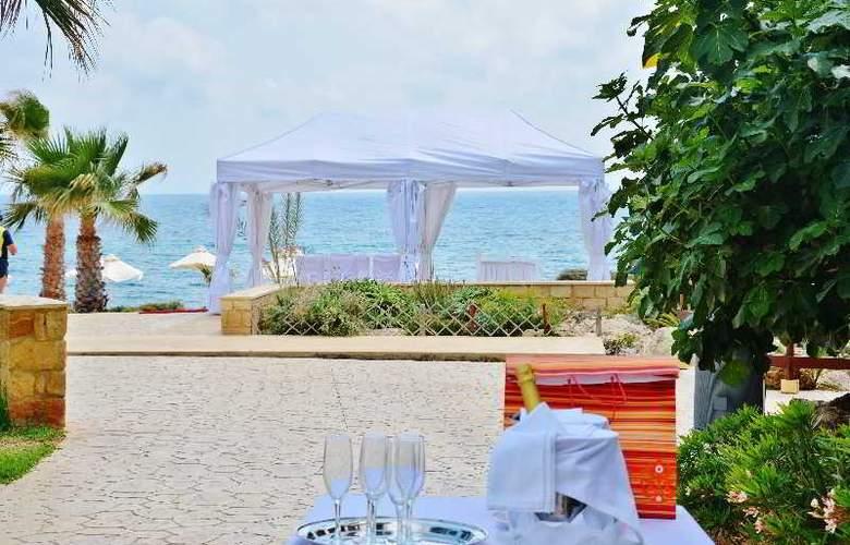 Akti Beach Village Resort - Terrace - 36