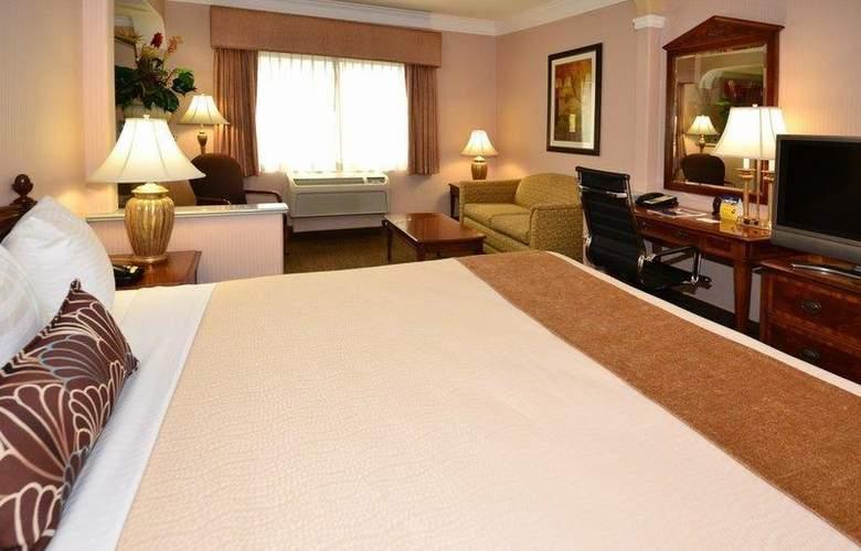Best Western Plus Suites Hotel - Room - 46