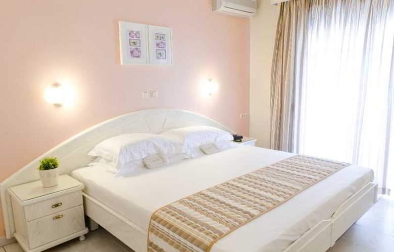 Strass Hotel - Room - 6