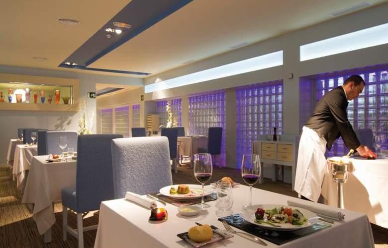 Hotel Riu Palace Oasis - Restaurant - 21