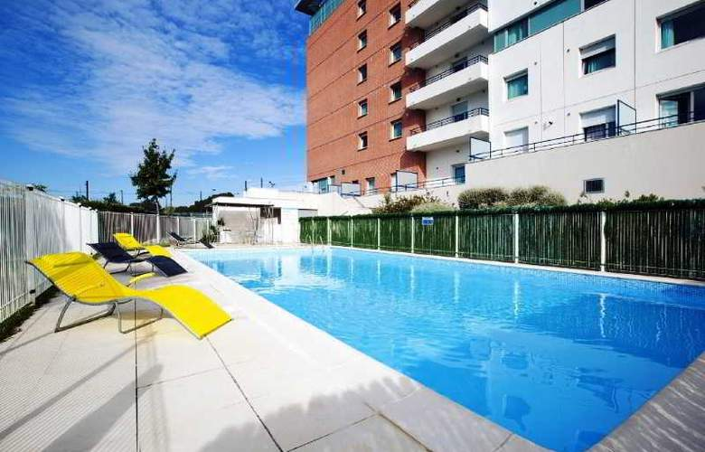 Residhome Toulouse Occitania - Pool - 26