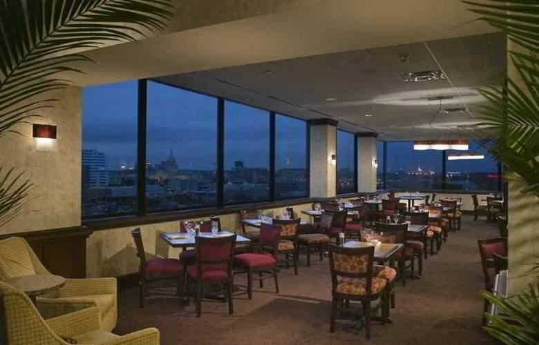 Hilton Garden Inn Austin Downtown - Restaurant - 3