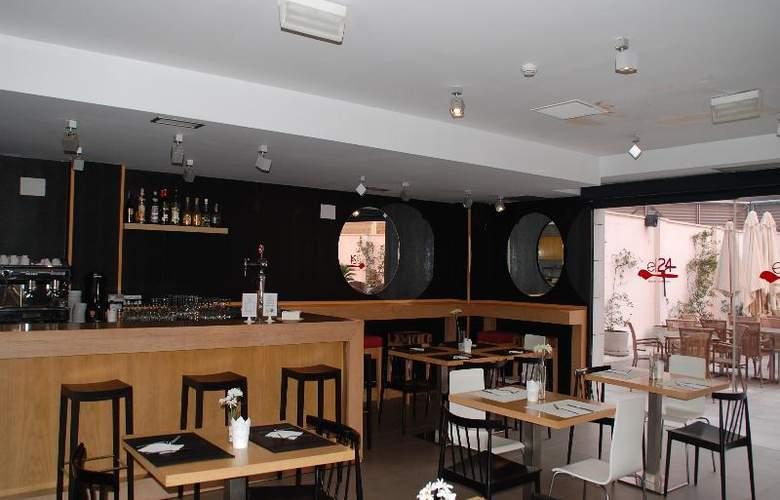 Eco Alcala Suites - Bar - 16
